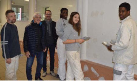 Chantier pédagogique : À Schuman, les lycéens retapent l'espace jeunesse